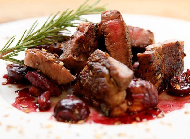 リガットの肉料理