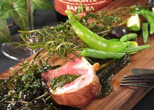 NISHIDERIA Buffa (ニシデリアブッファ)のお肉料理