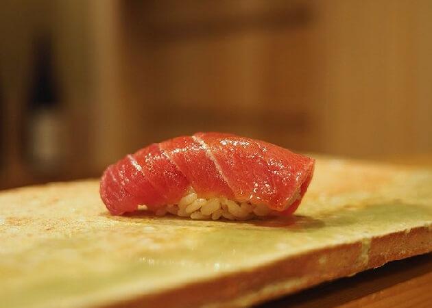 東麻布 天本の握り寿司
