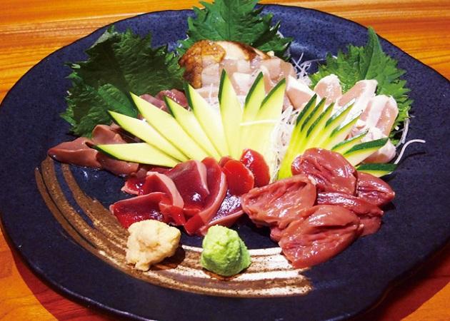 やきとり食事処 東-あずま-の料理