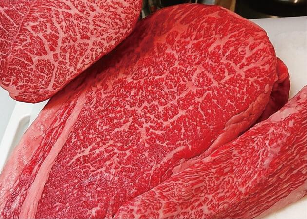 つる屋 (ツルヤ)の本場三重県産松阪牛