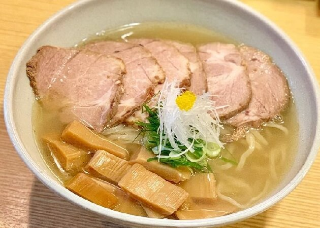 山崎麺二郎 (やまざきめんじろう)のラーメン