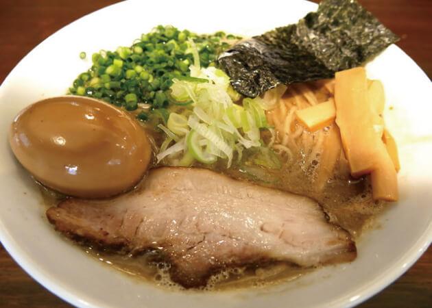 吉田食堂のラーメン
