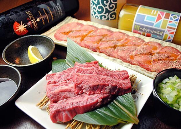 炭火焼肉 BuZZの肉画像