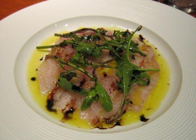 イタリア料理La-Vitaのカルパッチョ