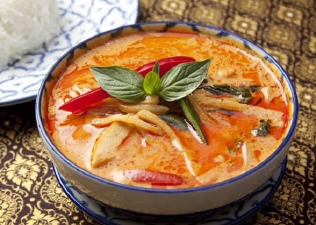 スクンビット ソイ55のタイ料理(トムヤムクン)画像