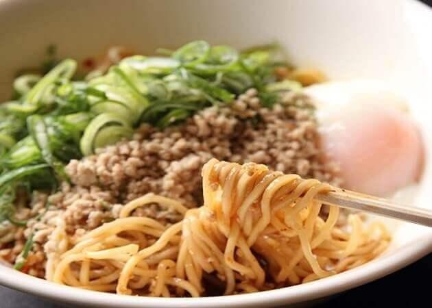赤麺 梵天丸 五日市本店の汁なし担々麺