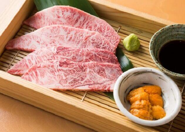 肉のやま金 の厳選焼き肉画像