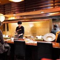 奥芝商店 のカウンターキッチン画像