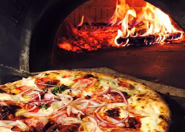 トラットリア ピッツェリア polipoのピザ