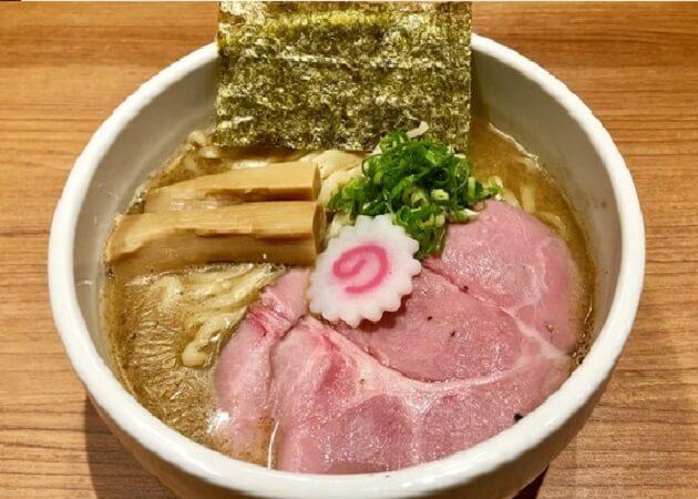 煮干中華そば鈴蘭 新宿店のラーメン