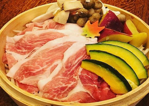 竹富島 (たけとみじま)の沖縄料理