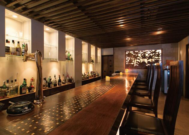 ダイニングバー トコトコ (Dining&Bar tocotoco)の1Fカウンター席