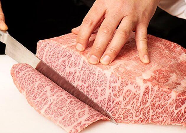 凱旋門 ふじみ野店 の黒毛和牛肉画像