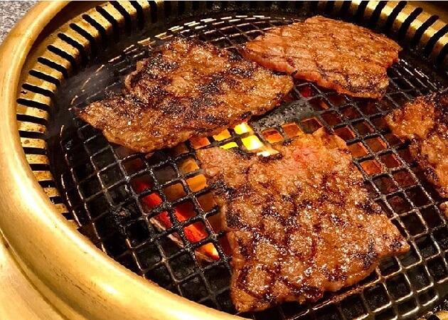 松蘭 本店の焼き肉