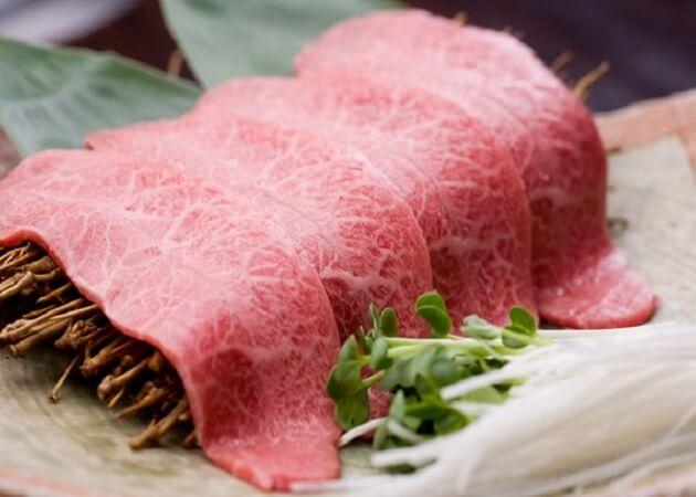 蔓牛~つるぎゅう~のお肉