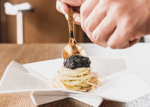 トラットリア ストリオーネ (Trattoria STORIONE) のキャビア料理